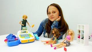 Барби на шоппинге. Видео для девочек на канале Мамы и дочки