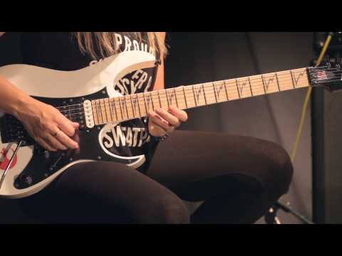 Nita Strauss Lesson: How to Play Alice Cooper's