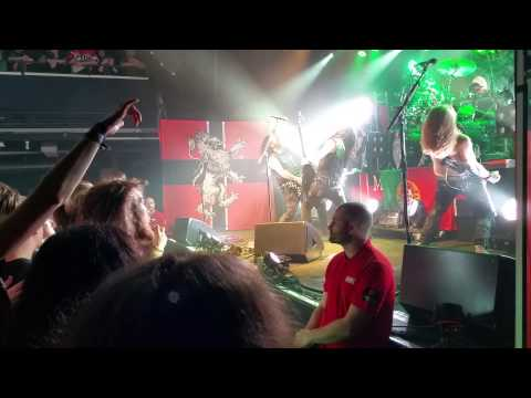 Machine Head - Halo & picture with the audience (Live in Stockholm)