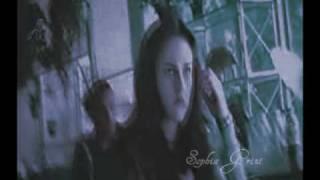 Bella/Edward - Haunted