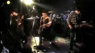 存在自体が卑猥なバンド、左横投げのライブ動画第2弾!! 『ガガーリン(...