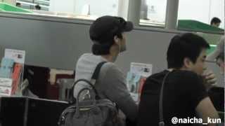 Depart for Taipei my shaky shaky shaky video @@ Yoochun has turned ...