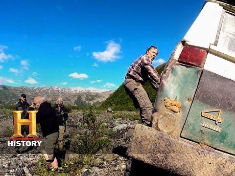 Alaska Off-Road Warriors: That was a Bad Hit (S1, E8)