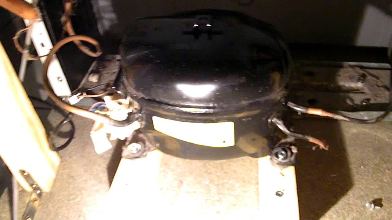 Autonomie 08 d placement compresseur et grille du frigo pour installatio - Autonomie d un congelateur ...