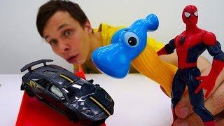 Человек Паук и распаковка машинки ламборджини. Видео для мальчиков.