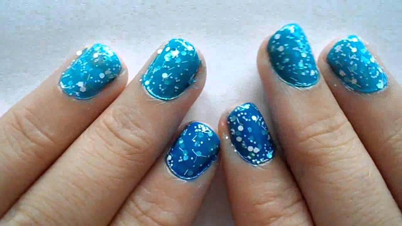 Hervorragend Nail art n°1 : dégradé de bleu sur 5 ongles effet paillette galaxy  SY36