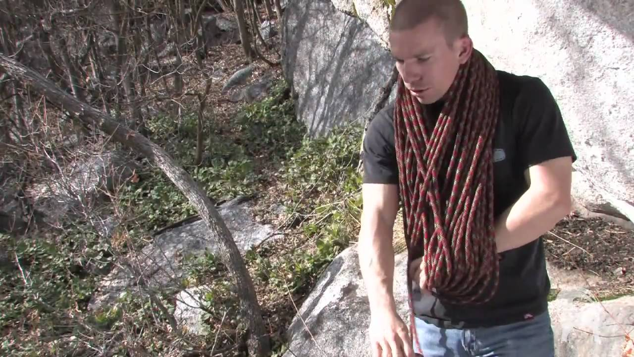 How to Butterfly Coil a rope - YouTube