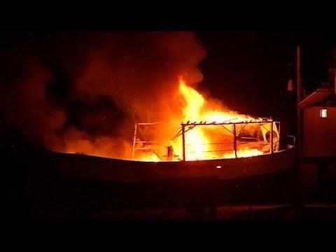 ضربات جوية إسرائيلية تدمر قاربا في غزة  - نشر قبل 2 ساعة