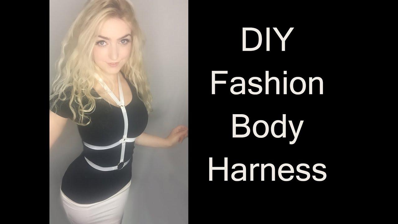 how to wear a fashion harness