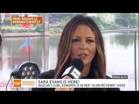 Robin Meade interviews Sara Evans in Nashville 6/06/14
