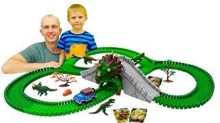 Машинка Джип и Большой гибкий трек   Оживляем 3D динозавров вместе с Даником