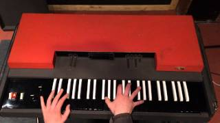 VOX CONTINENTAL 71 - Rare vintage combo organ - Demonstration