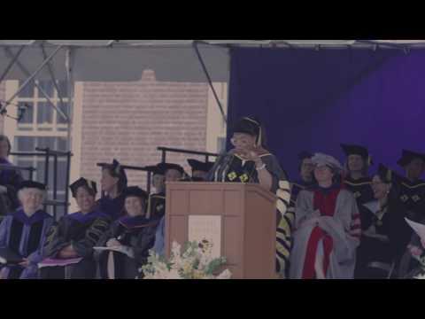 Oprah speaks at Smith College
