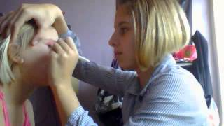 Tuto maquillage rose pour robe rose