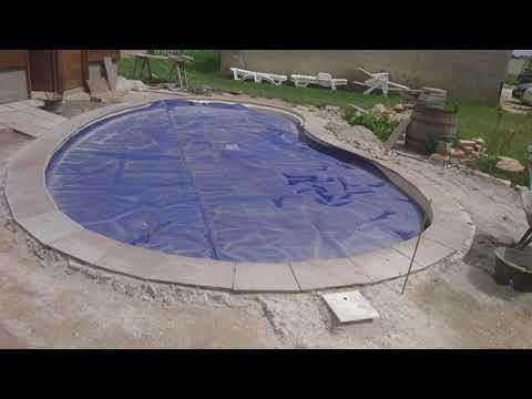 Construction de terrasse en pierre naturel autour de la piscine ...