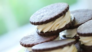 "Beth's ""soft-serve"" Style Ice Cream Sandwiches"