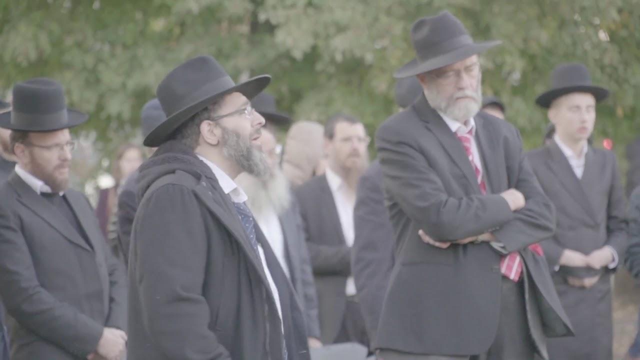Leading Rabbis Stage Protest in Vilna