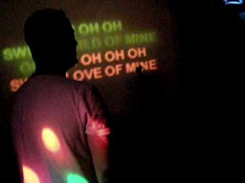 Istanbul karaoke, post house party
