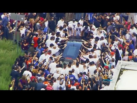 Marlins Players Share Pain Of Losing Jose Fernandez With Fans