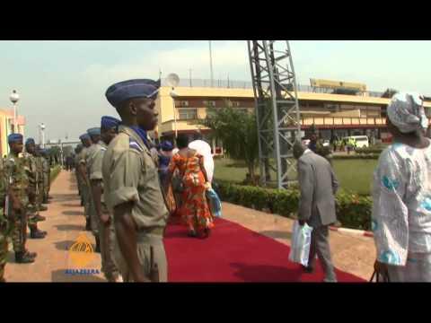 Displaced Muslims await evacuation at Bangui
