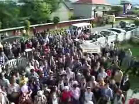 Dan Diaconescu, omul care a îmbrățișat peste un milion de români! Arbore, Suceava, Romania