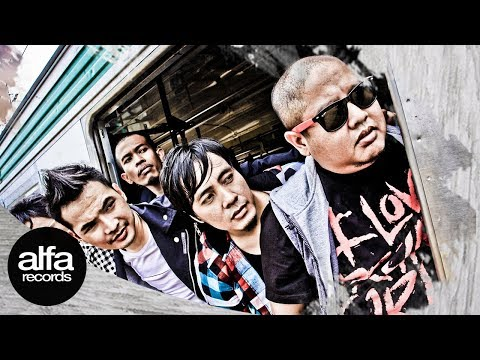 Putih - Bersamamu [Official Music Video]