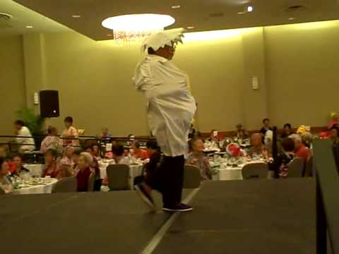 VID406 2009 09 13 Golden Age Variety Show Chicken Dance