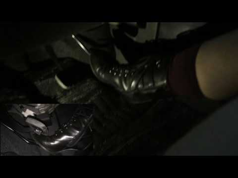 Japanese girls driving in black short boots Pedalpumping 2 ブーツで運転 Shot with 2 cameras