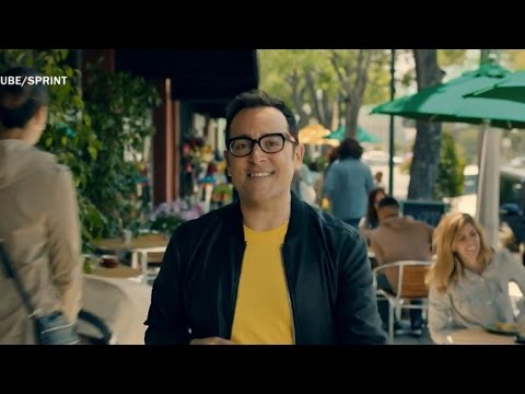 "The ""Can you hear me now?"" guy ditches Verizon for Sprint"