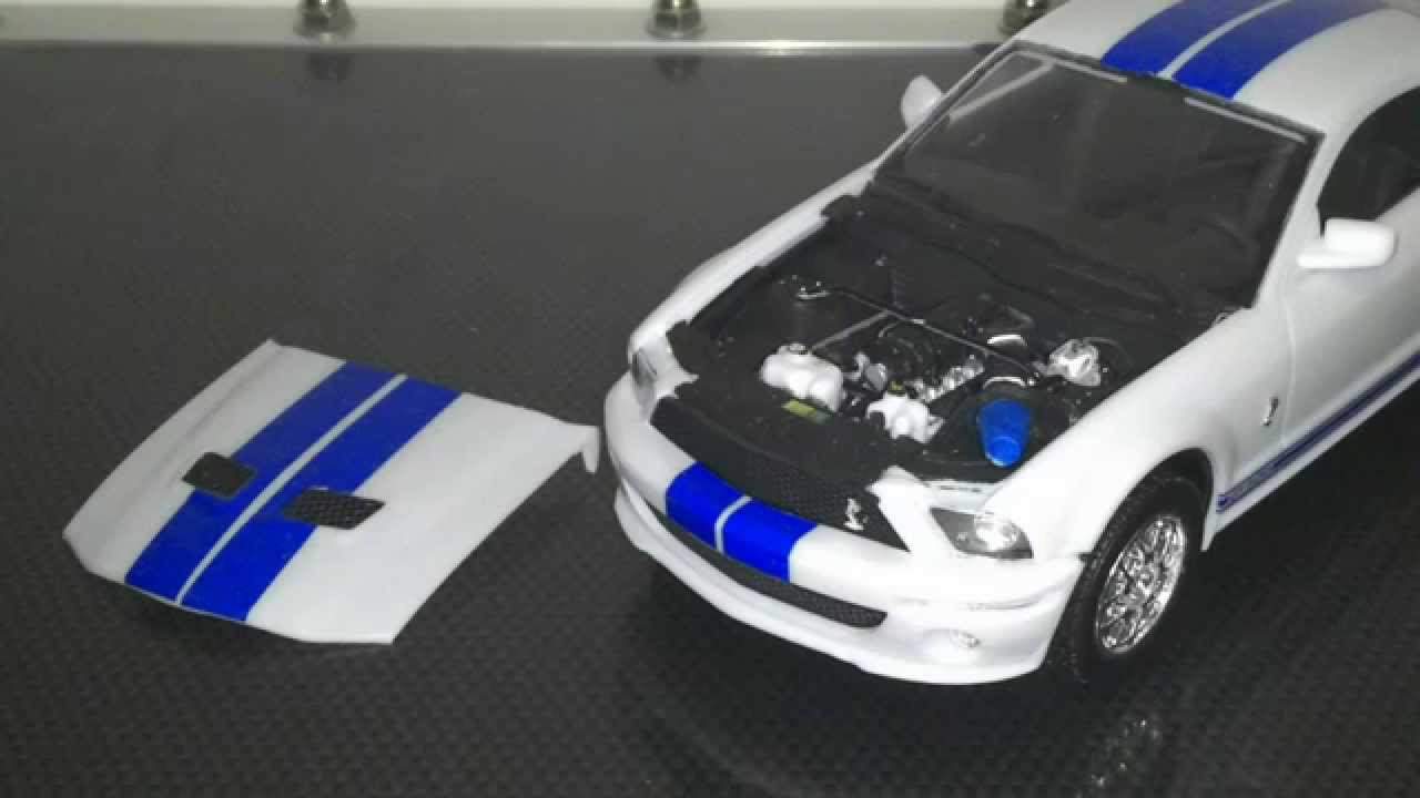 Revell Ford Shelby Gt500 1 25 Youtube