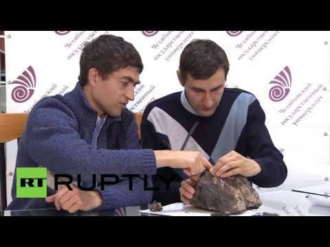 Russia: Scientists test Chelyabinsk meteorite chunk