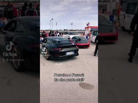 Porsche 911 GT3 RS vs Ferrari 458