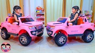New Toy Cars รถคันใหม่เซอร์ไพรส์   หนูยิ้มหนูแย้ม
