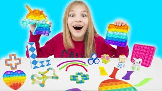 Amelia, Avelina and Akim - Funny stories with toys for kids