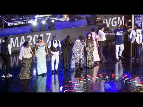Nacee leads Gospel Allstar performance @ Vodafone Ghana Music Awards 2017 | Ghana Music.com Video