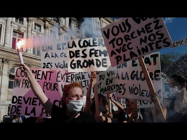 <span class='as_h2'><a href='https://webtv.eklogika.gr/megales-feministikes-diadiloseis-se-poleis-tis-gallias' target='_blank' title='Μεγάλες φεμινιστικές διαδηλώσεις σε πόλεις της Γαλλίας…'>Μεγάλες φεμινιστικές διαδηλώσεις σε πόλεις της Γαλλίας…</a></span>