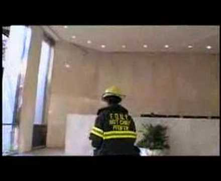 Naudet, lobby WTC