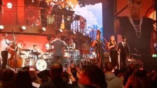 Robbie Williams - Soda Pop/Trouble/Hit The Road Jack/Reet Petite/Shout Live @ Düsseldorf 07.05.2014
