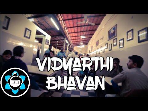 Vidyarthi Bhavan Dosa & Coffee - Indian Food Motovlog - Bengaluru / Bangalore