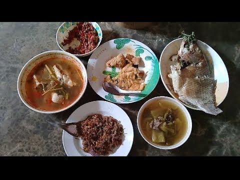 วันนี้ที่ฝั่งไทย ยินดีต้อนรับตัวเอง 😅😅. กินเข้านำกันเด้อ@สุรินทร์ 16 ก.พ.61