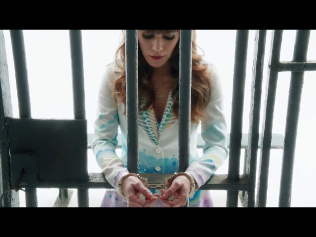 jenny-lewis-shes-not-me-official-music-video-jenny-lewis