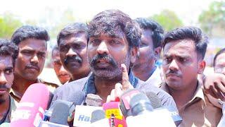 Vijay Sethupathi Entry | Casts his Vote | Election