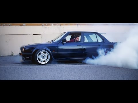 Bmw e30 Sedan (m50b25) Fun video / Burnout