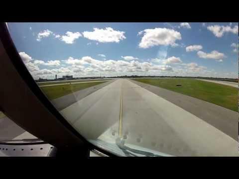Complete landing at YUL ( Montréal ) Boeing 767 - 300