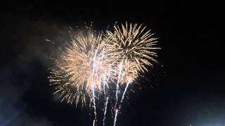 Праздничный салют в честь Дня Победы в Симферополе.(, 2015-05-09T20:28:14.000Z)