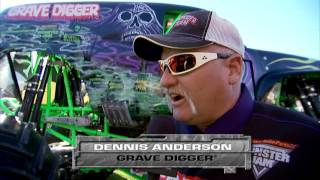 Monster Jam in Raymond James Stadium - Tampa, FL 2013 - Full Show - Episode 9