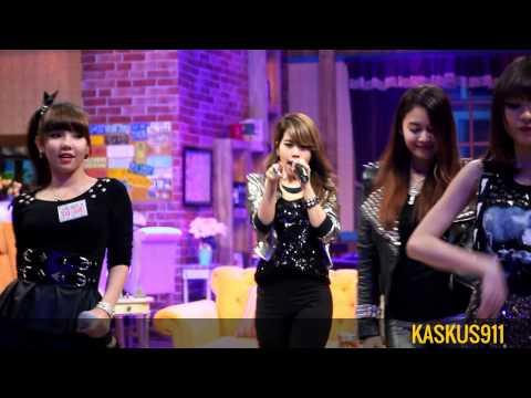 [FANCAM] 140528 S.O.S - Drop It Low at Ini Talk Show NET TV