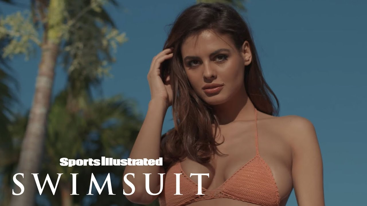 Sport Illustrated Swimsuit Cover Model Hailey Clauson
