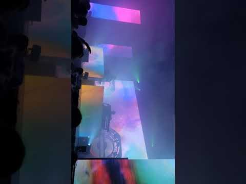 tame impala Soundsystem- apocalypse dreams/endors toi