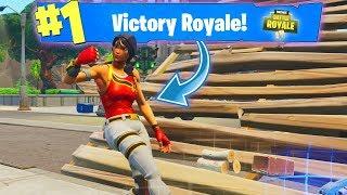 SCARLET DEFENDER SKIN GAMEPLAY (How Did I Win...) Fortnite Battle Royale VICTORY
